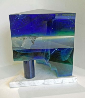 Lubomir Ferko, Architecture, crystal glass & composition glass and marble, 24 x 23 cm.