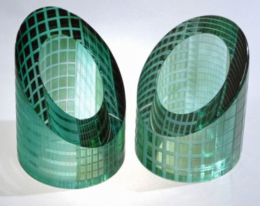 """Katharine Coleman, UK, """"Canary Wharf Paperweights"""", wheel engraved, 10x9x9 cm."""