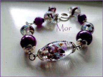 """Armband """"Mor"""", gekleurde ronde Jade, facet Agaat, glaskralen met goud en Aventurijn."""