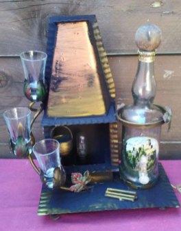 Bij de Openhaard borrelen - lamp-glazen-flessenhouder - van glas en ijzer- Italie - hoog totaal 39 cm.