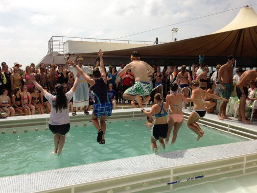 semester at sea neptune day jump in pool