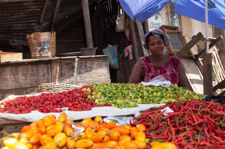 ghana malata market pepper seller