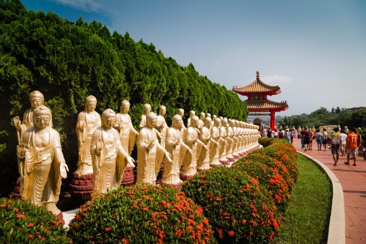 Fo Guang Shan Receiving Buddhas