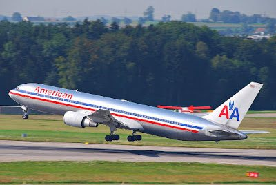 The first commercial 180-minute ETOPS flights were made by American 767-300ERs DFW-HNL (Aero Icarus Collection via Wikipedia)