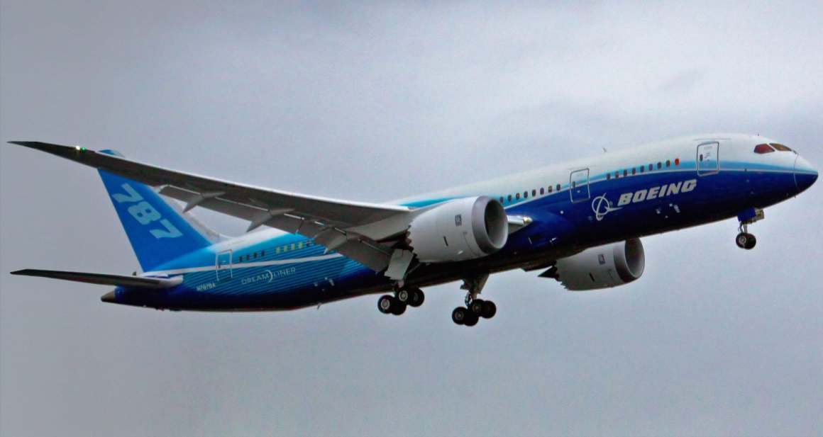 First flight of the 787. (Wikipedia)