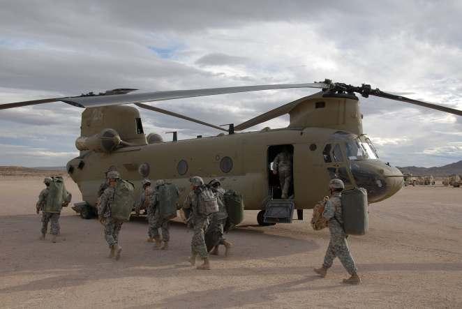 CH-47 Chinook (Wikipedia)