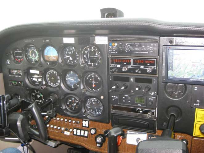 Cessna172cockpit