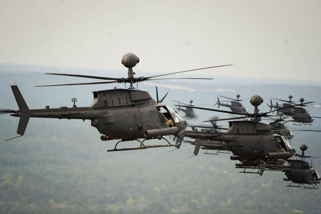 Triple Nuts Bell OH-58D Kiowa Warrior US Army 1//144 Scout helicopter