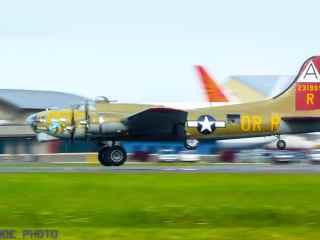 Collings Foundation Nine O Nine B-17G