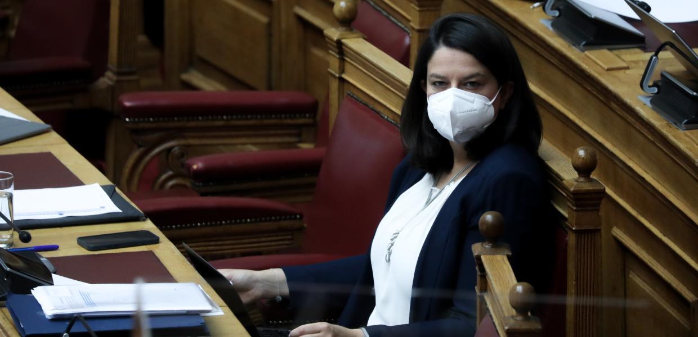 Μόνη της ψήφισε το αντιεκπαιδευτικό νομοσχέδιο Κεραμέως η κυβέρνηση