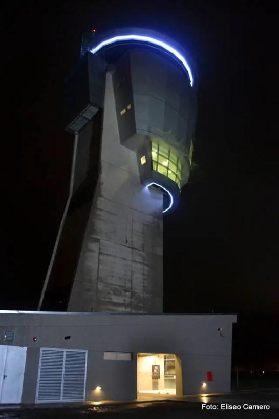 Torre de Control - Aeropuerto de Córdoba 01