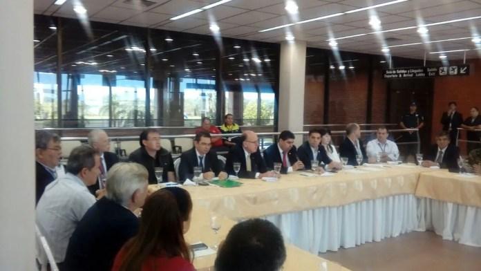 Autoridades reunidas hoy en Ciudad del Este. Foto: DINAC Paraguay
