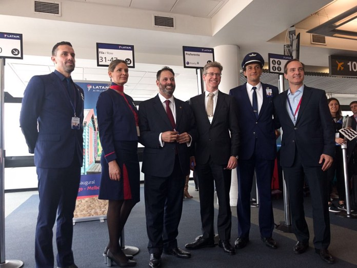 LATAM - vuelo inaugural Santiago Melbourne