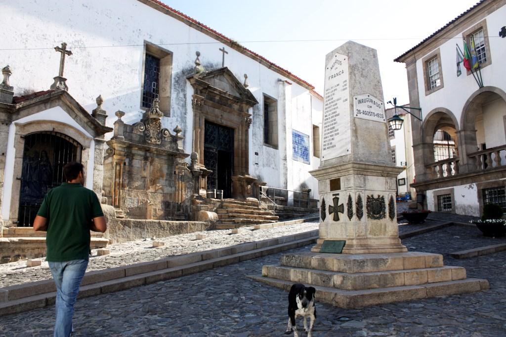 Iglesia de San Vicente, en Braganza.