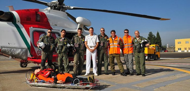base aeromobili guardia costiera catania