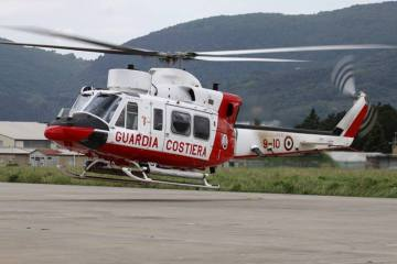 elicotteri della guardia costiera di luni sarzana