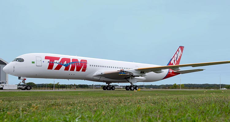 A350 XWB TAM rolls out of painthall