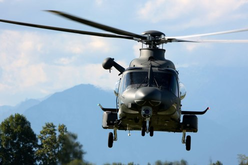 HH-139A Aeronautica Militare display in volo