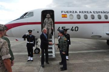 Visita del Ministro Morenes aigonella