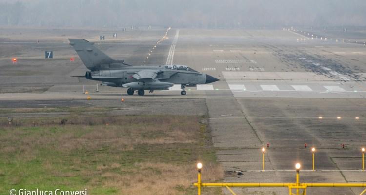caccia bombardieri tornado di piacenza san damiano