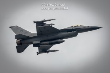 gli f-16 americani di aviano