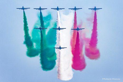 fumi colorati frecce tricolori