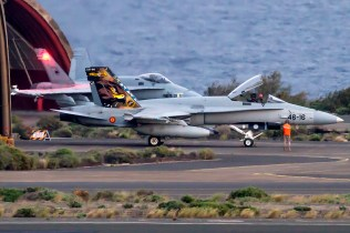 f-18 hornet spagnoli isole canarie