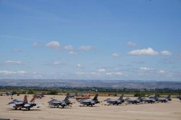 La flight Line sulla Base aerea di Saragozza
