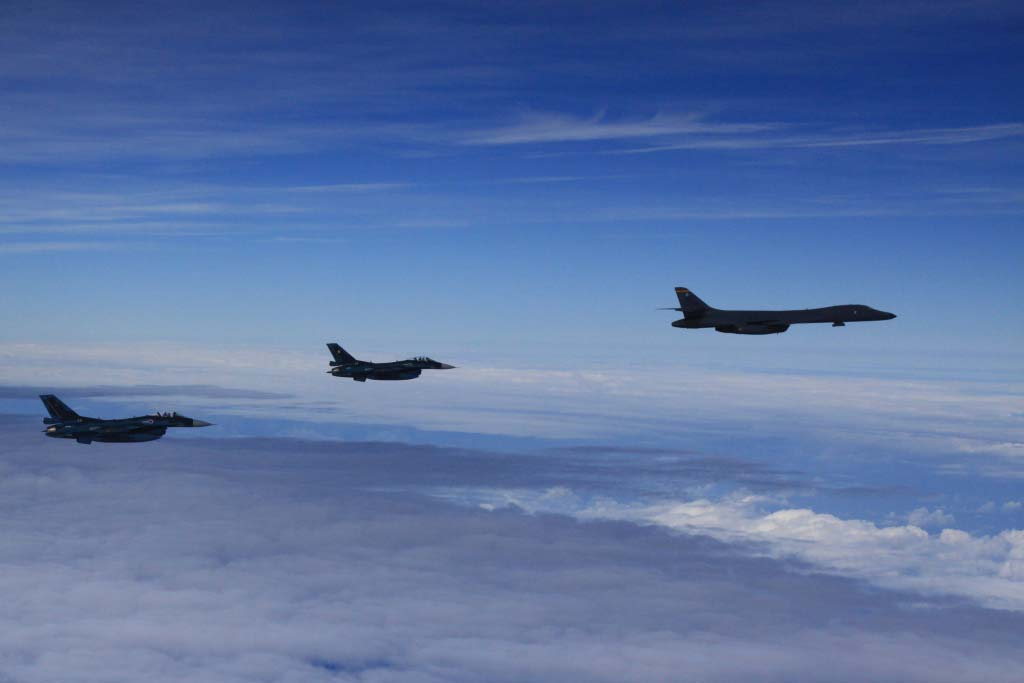 bombardieri strategici americani b-1b lancer