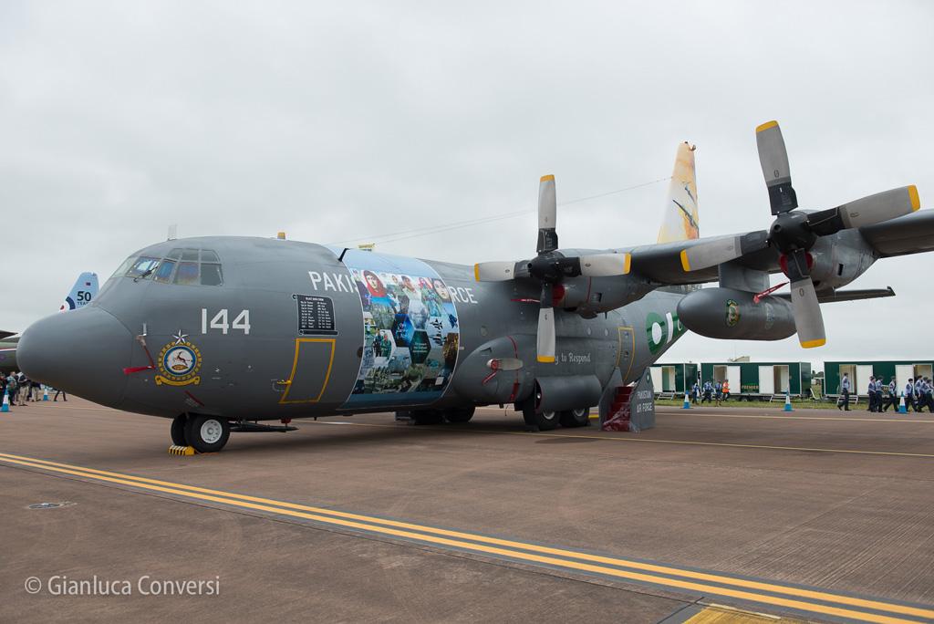 L-100 Hercules PAK