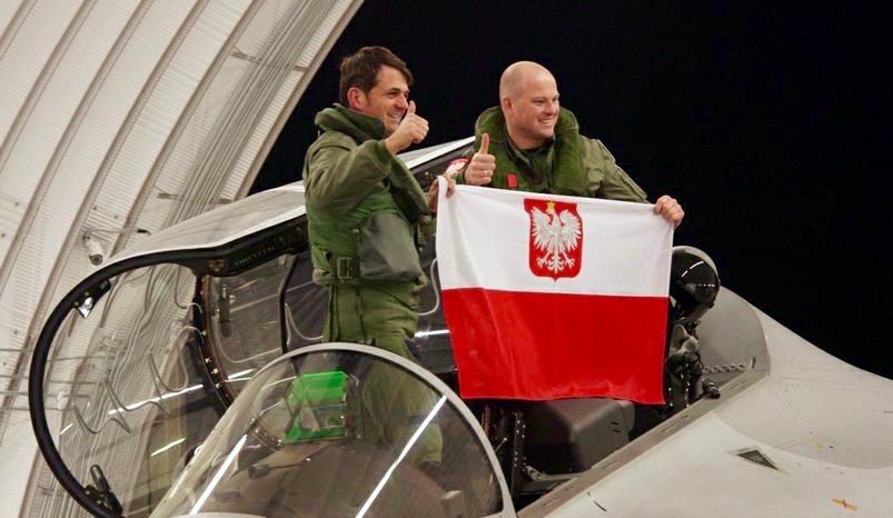 Consegnati i primi due M-346 alla Polish Air Force
