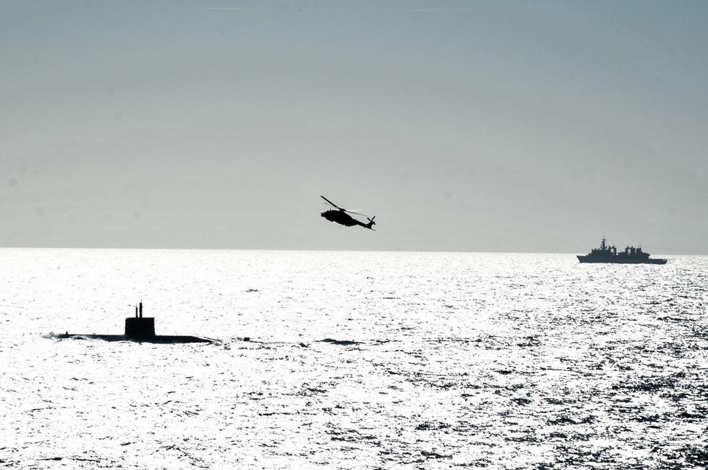 navi elicotteri e sottomarini della Marina Militare