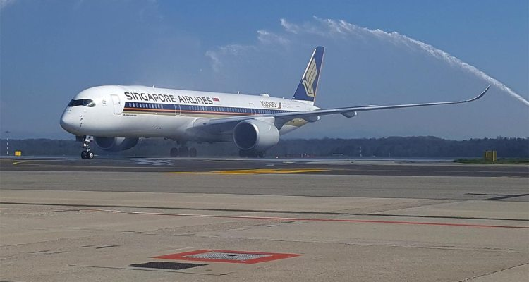 airbus a350 singapore airlines arriva a milano malpensa