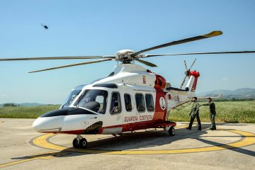 piloti AW139 Guardia Costiera si addestrano al 72° Stormo AM
