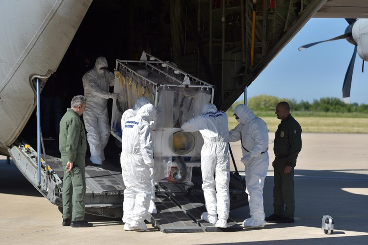 C-130J Hercules trasporto in bio-contenimento