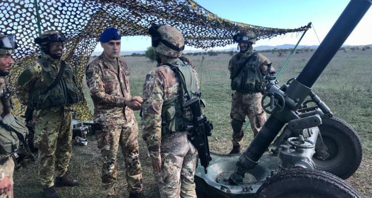 1- Il Generale Stefano Lagorio durante la sua visita al personale impiegato nell'esercitazione