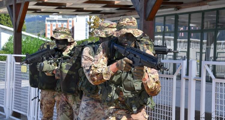 """Reggimento """"Cavalleggeri Guide"""" Esercito"""