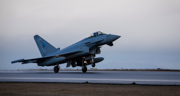 Royal Air Force Eurofighter Typhoon in Islanda