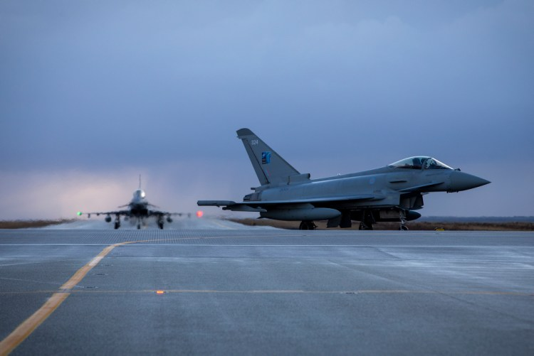 Royal Air Force Eurofighter Typhoon in Islanda