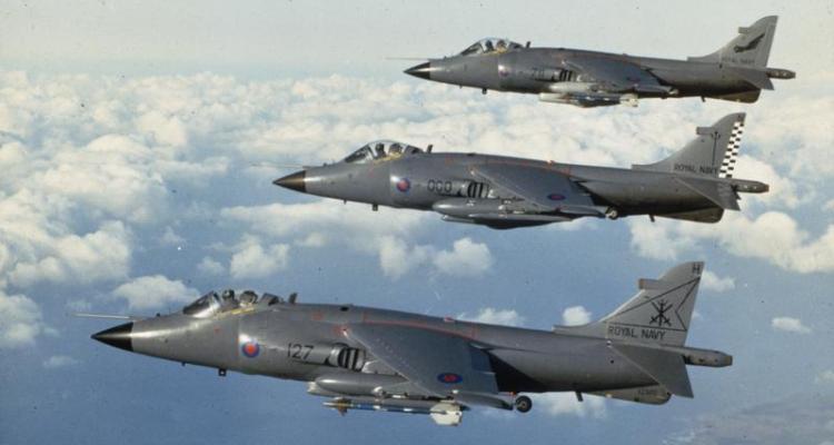 Sea Harrier © IWM FKD 2100