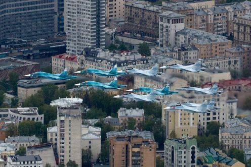 Formazione caccia russi su Mosca 75° Anniversario Victory Day 2020