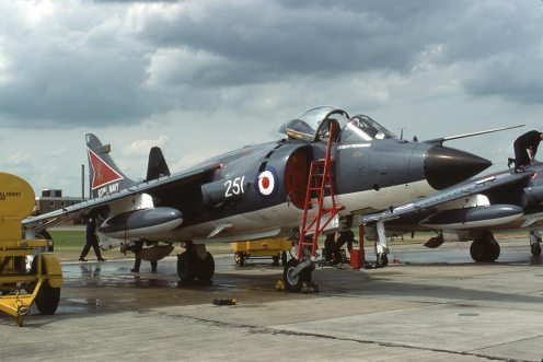 Sea Harrier FRS1 XZ458 800 Sqn 08.1980
