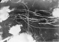 THE BATTLE OF BRITAIN 1940 (H 4219) Operations: Pattern of condensation trails left by British and German aircraft after a dog fight. Copyright: © IWM. Original Source: http://www.iwm.org.uk/collections/item/object/205194290