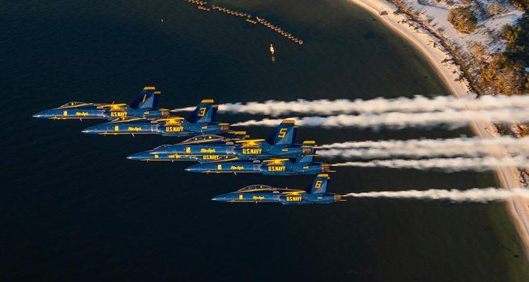 US Navy F-18 Hornet Blue Angels