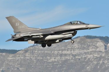 F-16 31st Fighter Wing Have Glass V