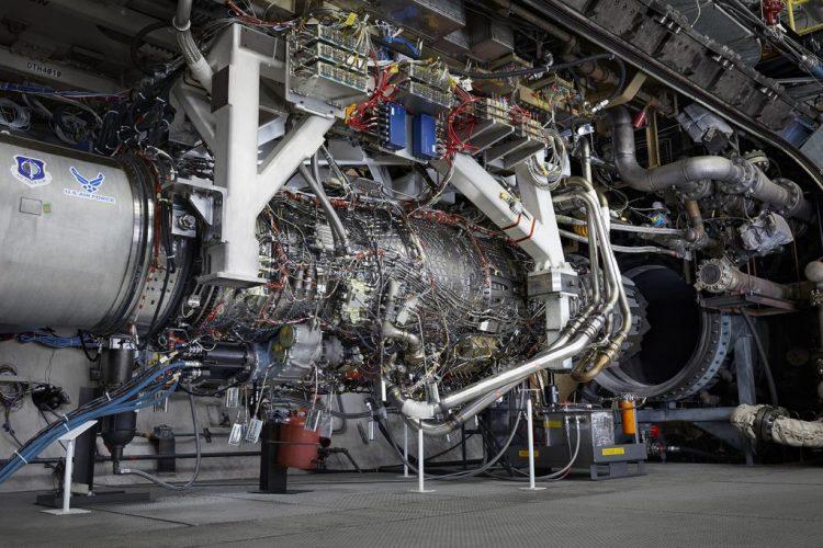 General Electric XA100