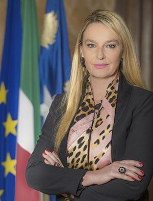 Sottosegretario-alla-Difesa--Senatrice-Stefania-Pucciarelli