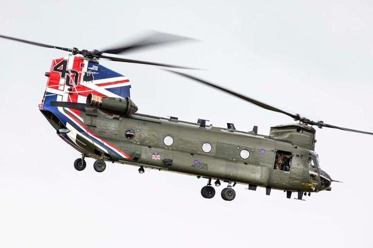 CH-47 Chinook inglese special color 40 anniversario