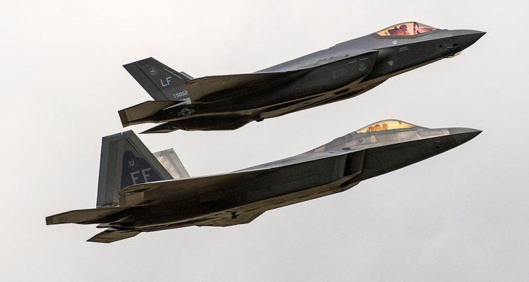lockheed martin F-22 e F-35
