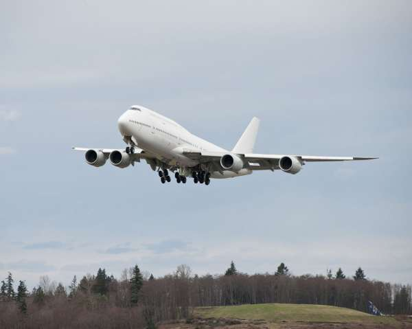 Boeing 747-8 Intercontinental Approved for ETOPS ...